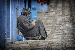 Uliczny życie w Błękitnym mieście Chefchaouen, Maroko Obrazy Royalty Free