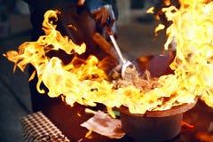 Uliczny karmowy festiwal Kulinarny jedzenie na ogieniu obrazy stock