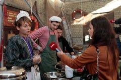 Uliczny Karmowy festiwal w Kijów, Ukraina Zdjęcie Royalty Free