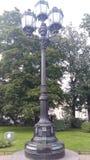 Uliczny oświetlenie - wielka latarnia uliczna w parku Fotografia Stock