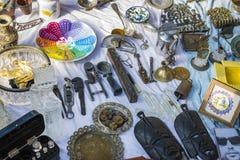 Uliczny pchli targ stare rzeczy i antyki w starym okręgu Tel Aviv Fotografia Royalty Free