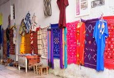 Uliczny rynek w Medina Essaouira Maroko Zdjęcie Stock