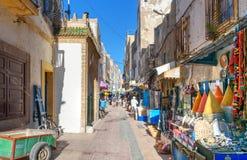 Uliczny rynek w Medina Essaouira Maroko Zdjęcia Stock
