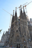 Uliczny widok Ekspiacyjny kościół Święta rodzina w Barcelona i bazylika, Hiszpania zdjęcia royalty free
