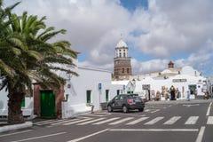 Uliczny widok Teguise miasteczko, Lanzarote wyspa, Hiszpania obrazy stock