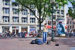 Uliczny wykonawca na kwadracie, Amsterdam, holandie obraz stock