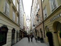 Uliczny życie w Salzburg, Austria Zdjęcie Stock