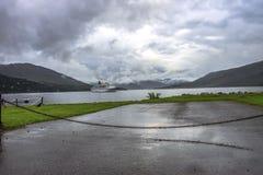 Ullapool - un villaggio in altopiani scozzesi fotografia stock libera da diritti