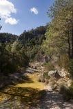 Ulldemo-Fluss in Beceite Stockbild