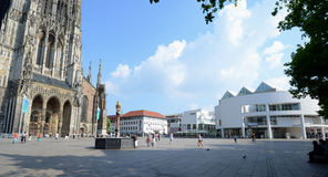 Free Ulm Minster And Stadthaus Royalty Free Stock Photography - 25172387