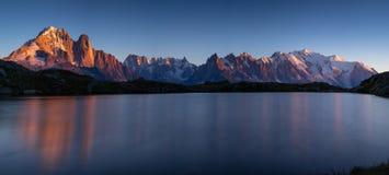 Ultima luce solare su Mont Blanc fotografia stock