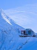 Ultima stazione alla cima del ghiacciaio di Kaprun in alpi austriache Fotografia Stock