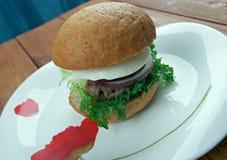 Ultimata grekiska hamburgare Royaltyfri Bild