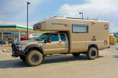 the ultimate off-road camper parked at whitehorse Royalty Free Stock Photography