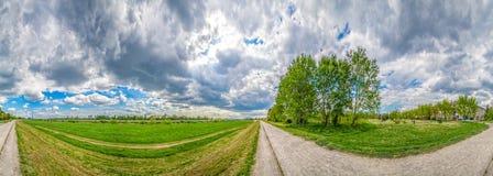 Ultra breed landschapspanorama van de bank van riviersava Stock Fotografie