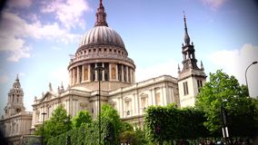 ULTRA HD 4k, real time, St Paul's Cathedral , Church of England with traffic cars stock footage