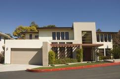 Ultra modern boxy huis Stock Foto