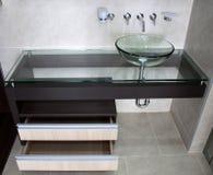 Ultra nowożytny łazienka pucharu zlew obrazy royalty free