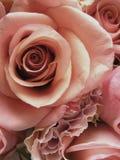 Ultra romantischer Braut-Blumenstrauß Stockfoto