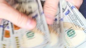 UltraHDvideo van het tellen van geld stock videobeelden