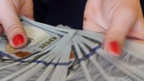 UltraHDvideo van het tellen van geld stock video