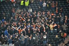 Ultras Shakhtar på den Donbass arenaen Royaltyfri Fotografi