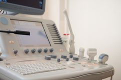 Ultraschalldiagnosenausrüstung Stockfotos