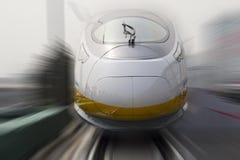 Ultrasnelle treinen Royalty-vrije Stock Foto's