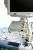 Ultrasounden bearbetar med maskin Arkivbilder