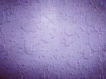 Ultraviolette Farbvignettenbetonmauerhintergründe und -beschaffenheit Stockfotos