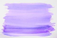 Ultravioletter Aquarellhintergrund, weißer Hintergrund, Abschluss oben Stockbild