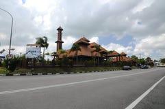 Ulul Albab moské (Masjid Kayu Seberang Jertih) i Terengganu Royaltyfri Bild