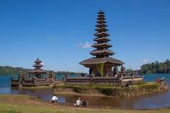 Ulun Danau tempel, Bali Indonesien Fotografering för Bildbyråer