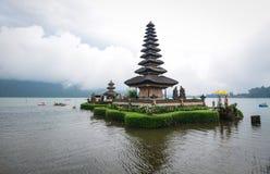 Ulun Danu寺庙在巴厘岛,印度尼西亚 图库摄影