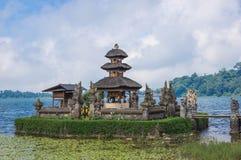 Ulun Danu tempel Royaltyfria Bilder