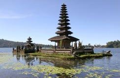 ulun för bali danauindonesia tempel Royaltyfri Bild