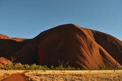 离Uluru较近 免版税图库摄影