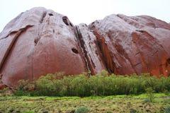 Uluru in de regen Royalty-vrije Stock Foto