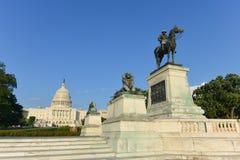 Ulysses S. Grant Cavalry Memorial framme av Capitol Hill i Washington DC Royaltyfri Bild