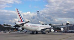 Um Airbus A340 registrou-se ao governo francês Fotografia de Stock Royalty Free