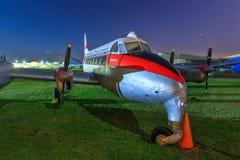 Um AO de Havilland do vintage 114 garça-real, um avião comercial pequeno dos anos 50 imagens de stock royalty free