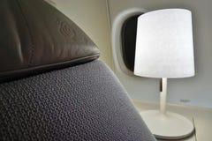 Um assento da premier do La da primeira classe em um plano de Air France (AF) Imagem de Stock