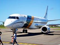 Um avião brasileiro da força aérea fotografia de stock
