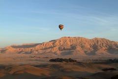 Um balão de ar quente Fotos de Stock Royalty Free