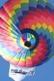Um balão de ar quente colorido do St Louis Mo raça imagem de stock