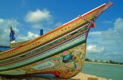 Um barco de pesca tradicional em Tailândia Fotos de Stock Royalty Free