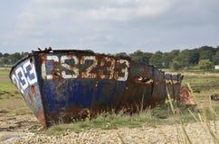 Um barco/destruição oxidados velhos Fotografia de Stock