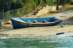 Um barco na areia Fotografia de Stock