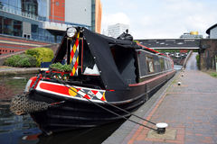 Um barco no canal velho de Birmingham Imagens de Stock