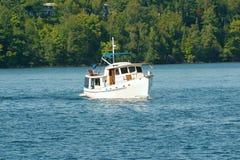 Um barco no lago Foto de Stock Royalty Free
